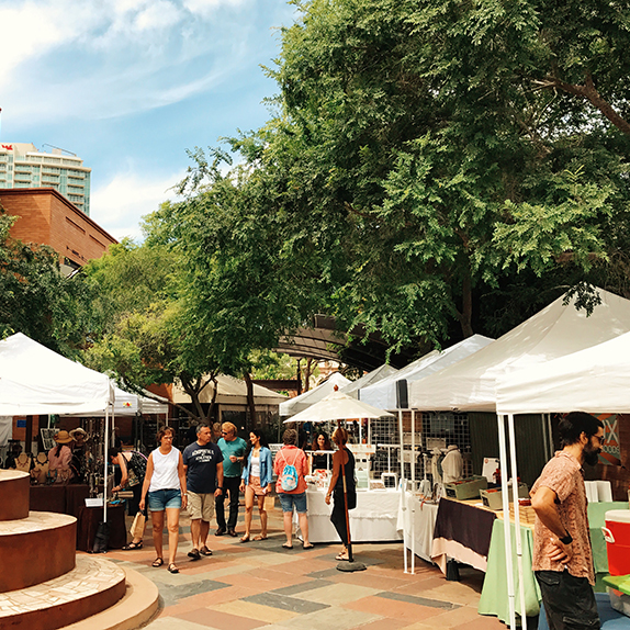 2018 Tempe Winter Sixth Street Market