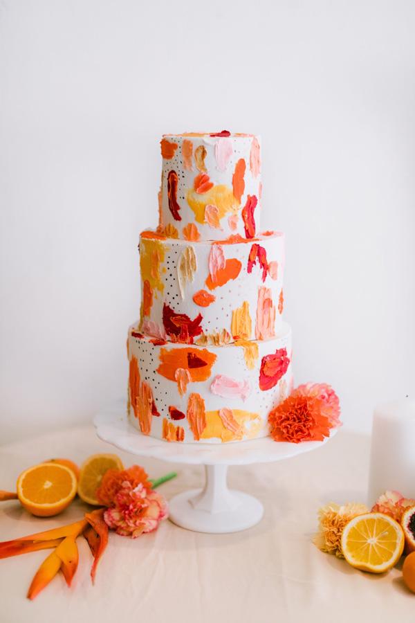 Nicole Bakes Cakes