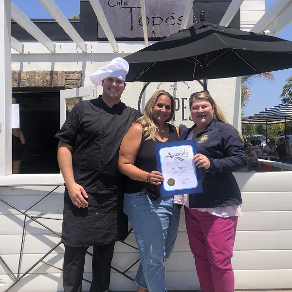 Cafe Topes Receives Certificate of Recognition