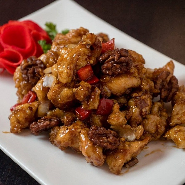 Chin's Szechwan, A Favorite For Over 20 Years, Is Back!