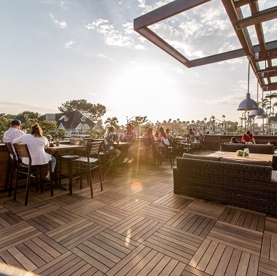 Park 101 Offers Up 8,000 Square Feet Of Outdoor Coastal Dining