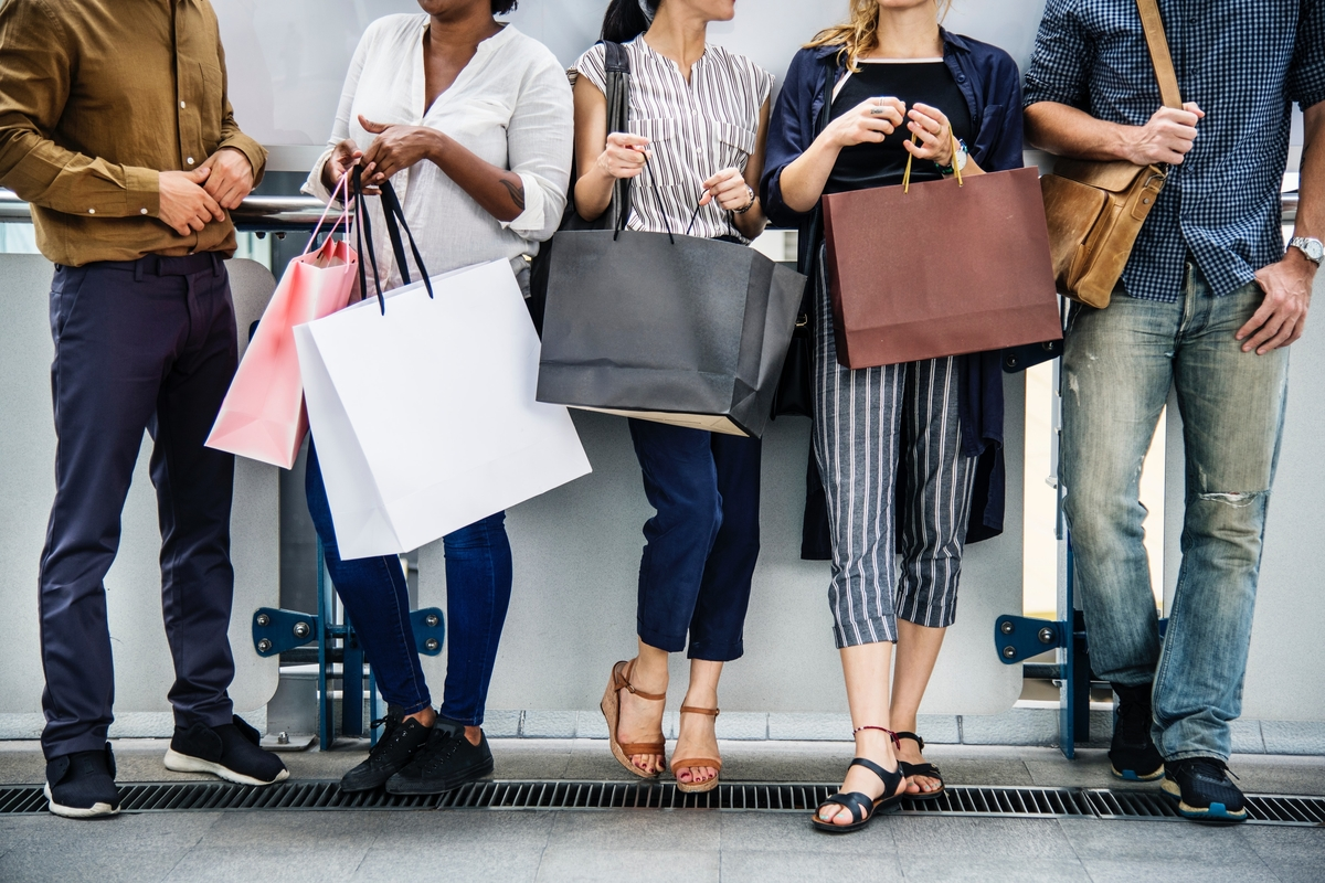 A Guide to Shopping the Downtown LA Fashion District Sample Sales