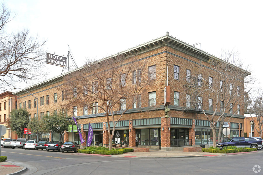 Hotel Virginia (2125-2139 Kern St 307)
