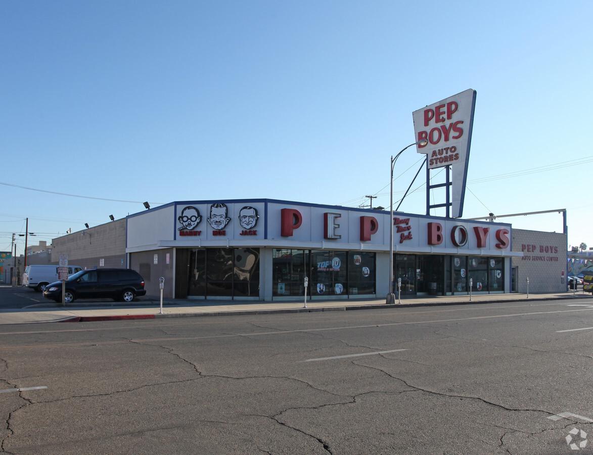 Pep Boys Building (716 Broadway)