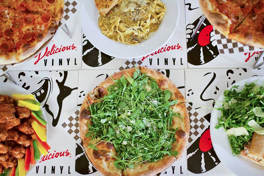 Delicious Pizza Café