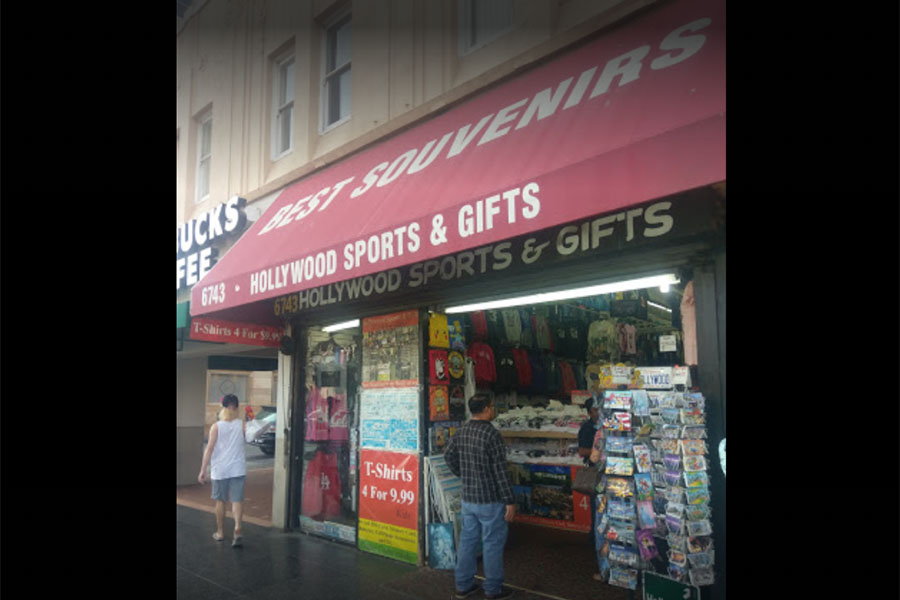 Best Souvenirs (Hollywood Sports and Gifts)