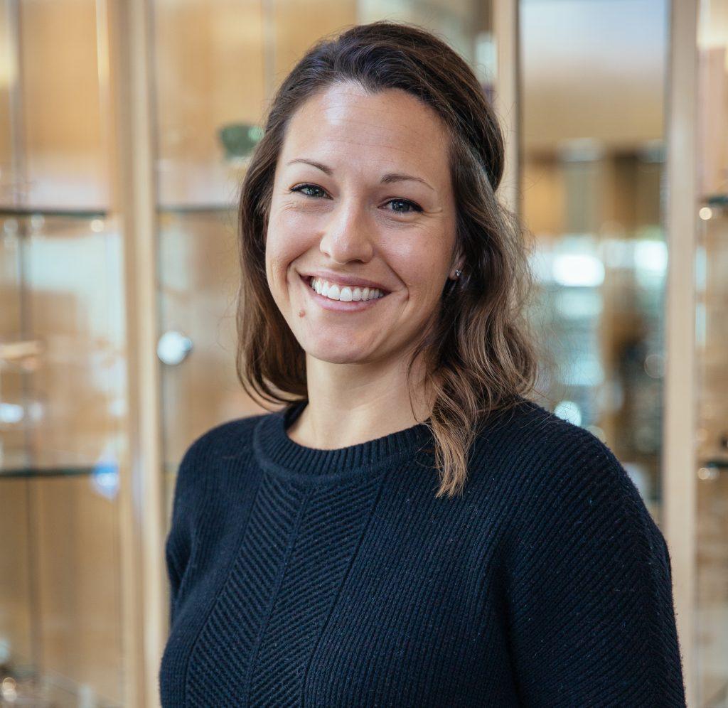 Dr. Jennifer Buell