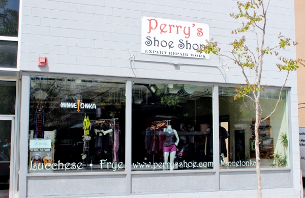 Perry's Shoe Shop Inc.