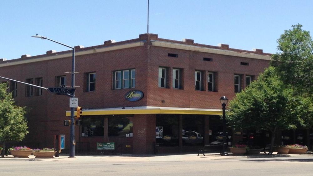380 Main Street