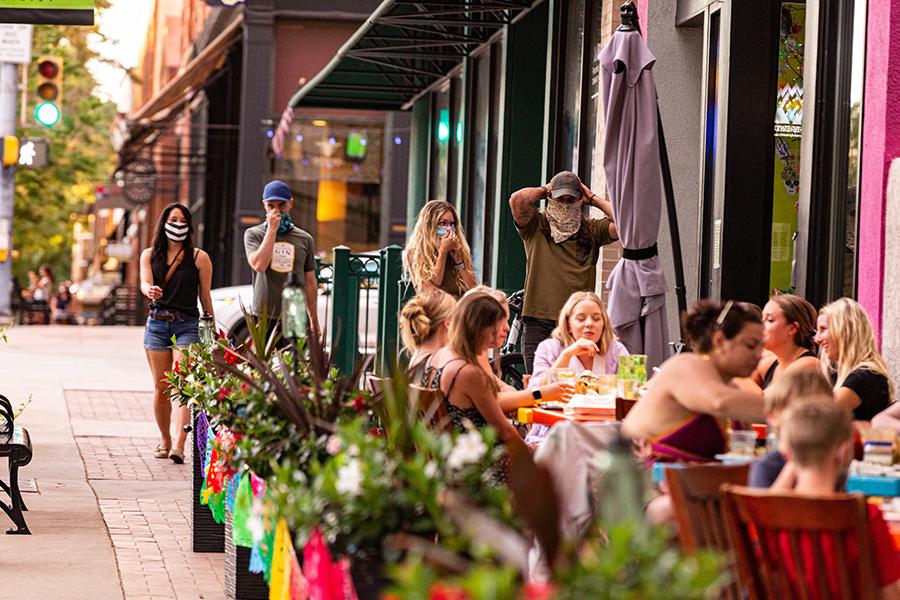 dining outdoor patio restaurant jefes tacos downtown longmont colorado sidewalk