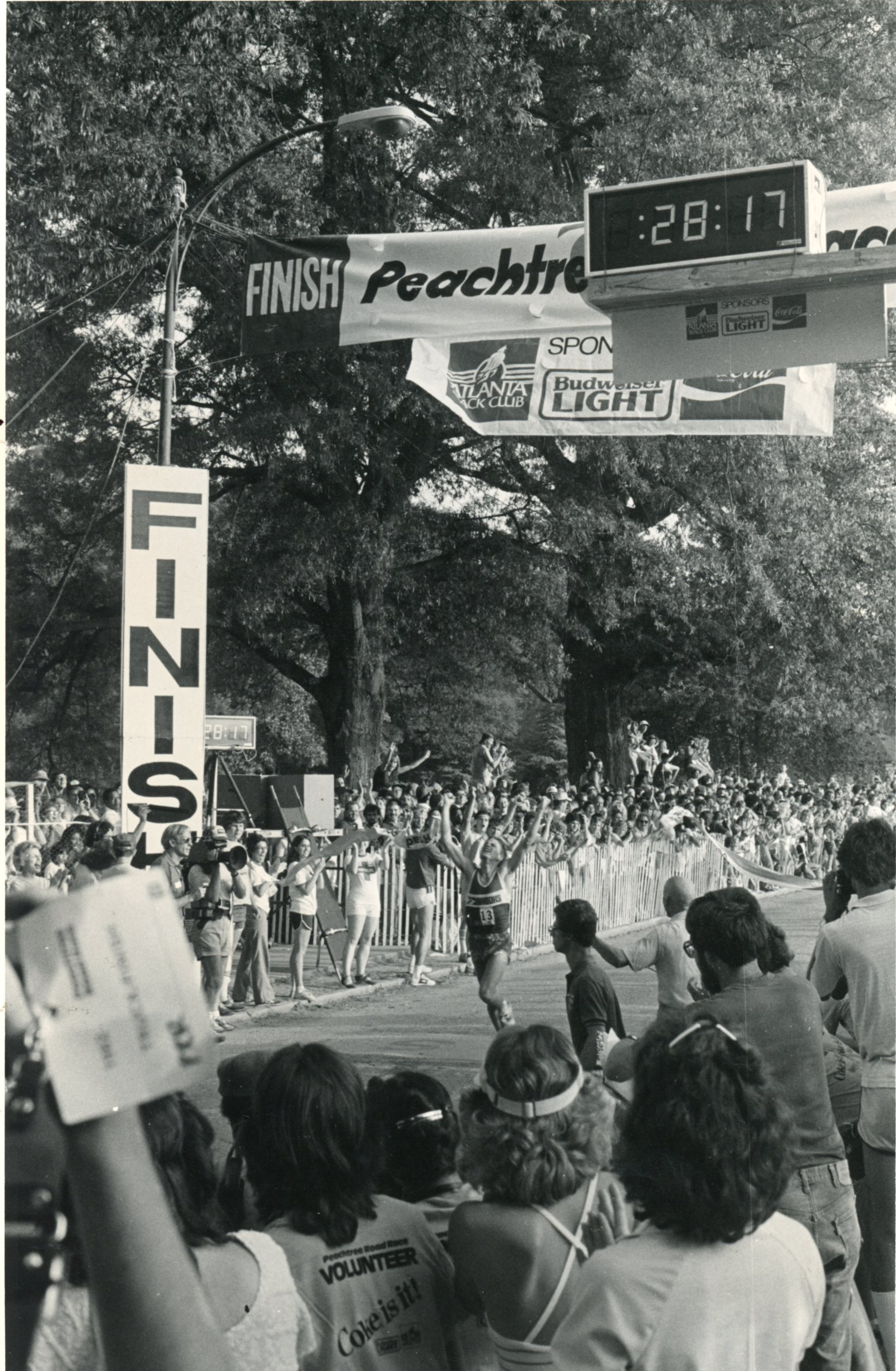 Jon Sinclair runs the Peachtree Road Race in 1982.