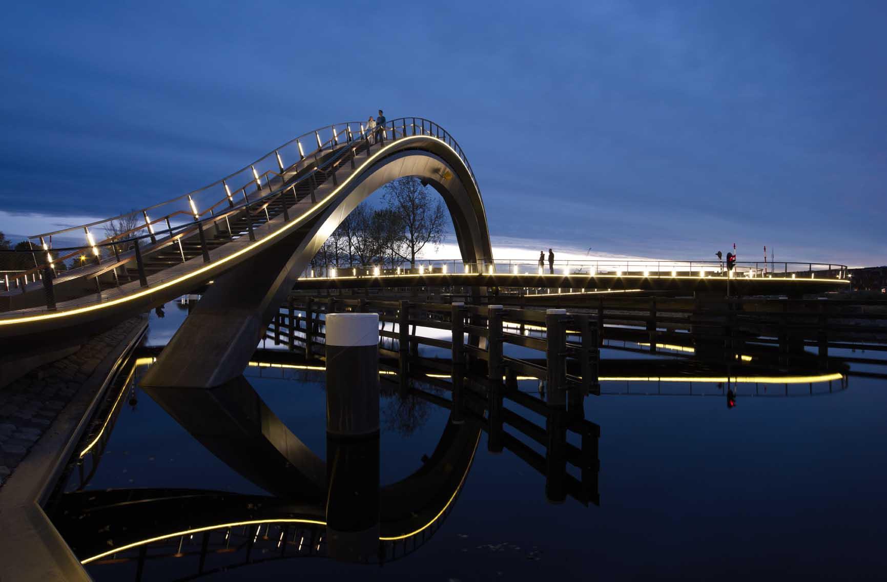 MELKWEGBRUG, Next Architects, Purmerand, The Netherlands. Photo Courtesy of Museum of Design Atlanta