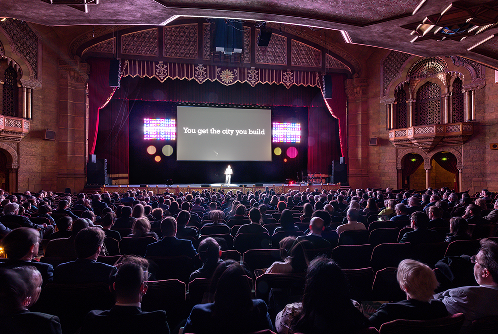 More than 1,300 business, civic, and community leaders will gather at the historic Fox Theatre Atlanta for Midtown Alliance's Annual Meeting on Tuesday morning, February 25, 2020.