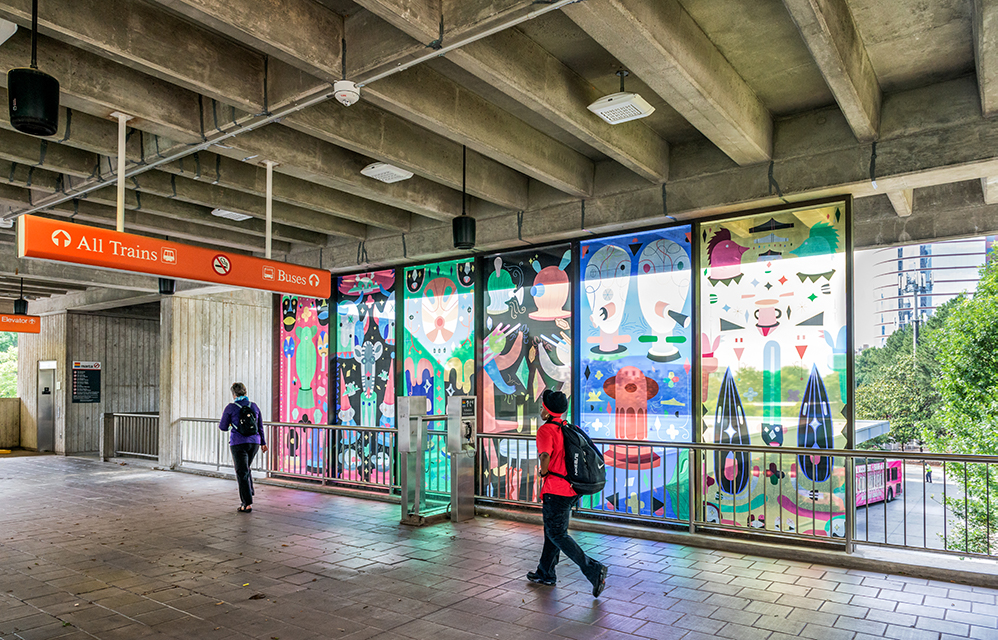 Tiovivo, a station by Jamie Hayon on the other side of Arts Center Station.