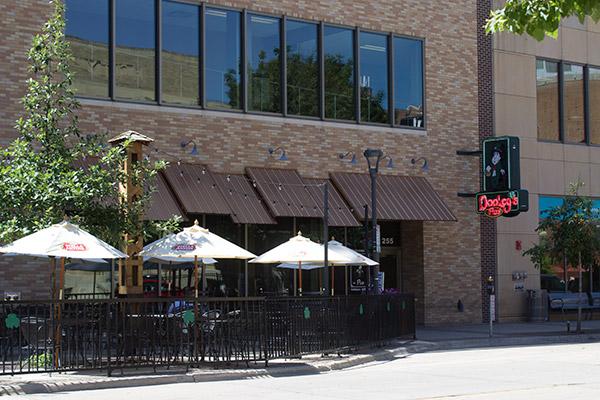 Dooley's Pub & Restaurant