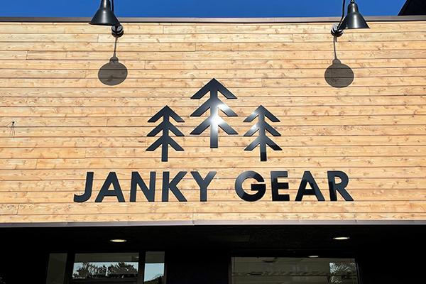 Janky Gear