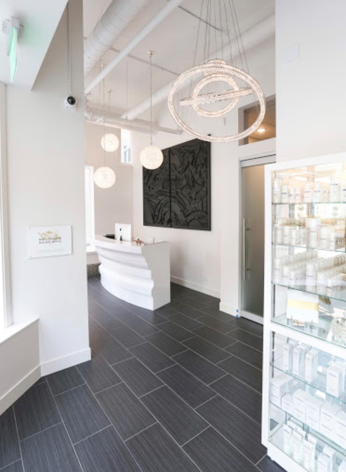 Luxe Beauty Bar