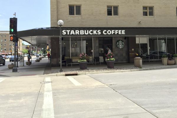 Starbucks Coffee Kahler Grand Hotel