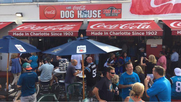 Crowd outside Dog Houe Restaurant