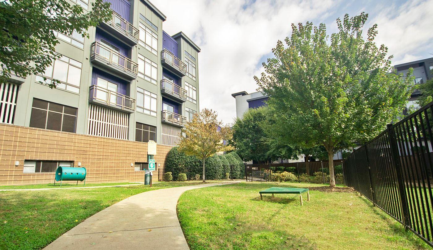 Quarterside Uptown Charlotte Apartments