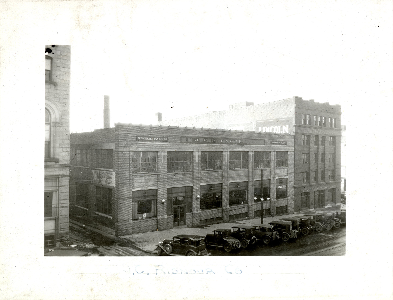 32. Ridnour Building