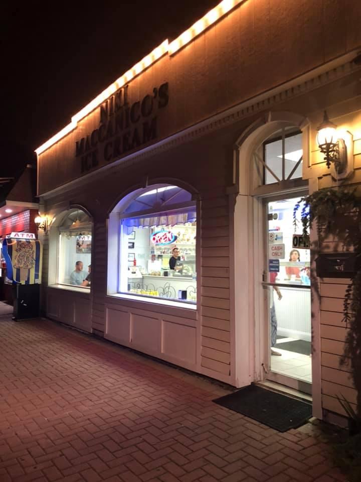Maccanico's Ice Cream Shop