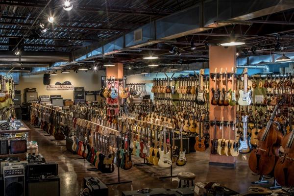 Nashville Tn Guitar Shops : carter vintage guitars the gulch nashville ~ Vivirlamusica.com Haus und Dekorationen