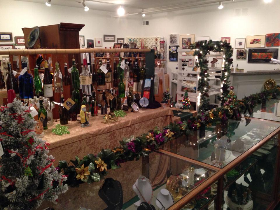 Happy Holidays Gift Market 2013 pic 1