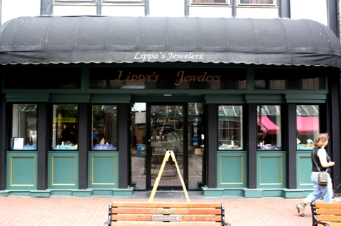 Lippa 39 s jewelers church street marketplace burlington for Estate jewelry burlington vt