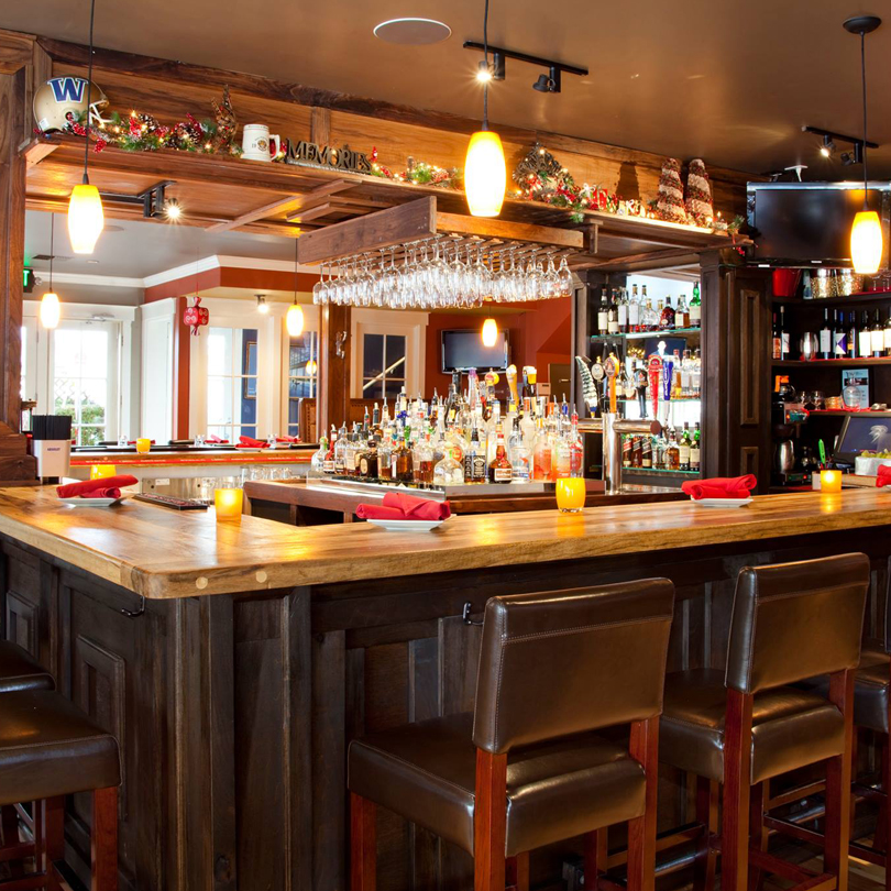 520 Bar & Grill Member 2