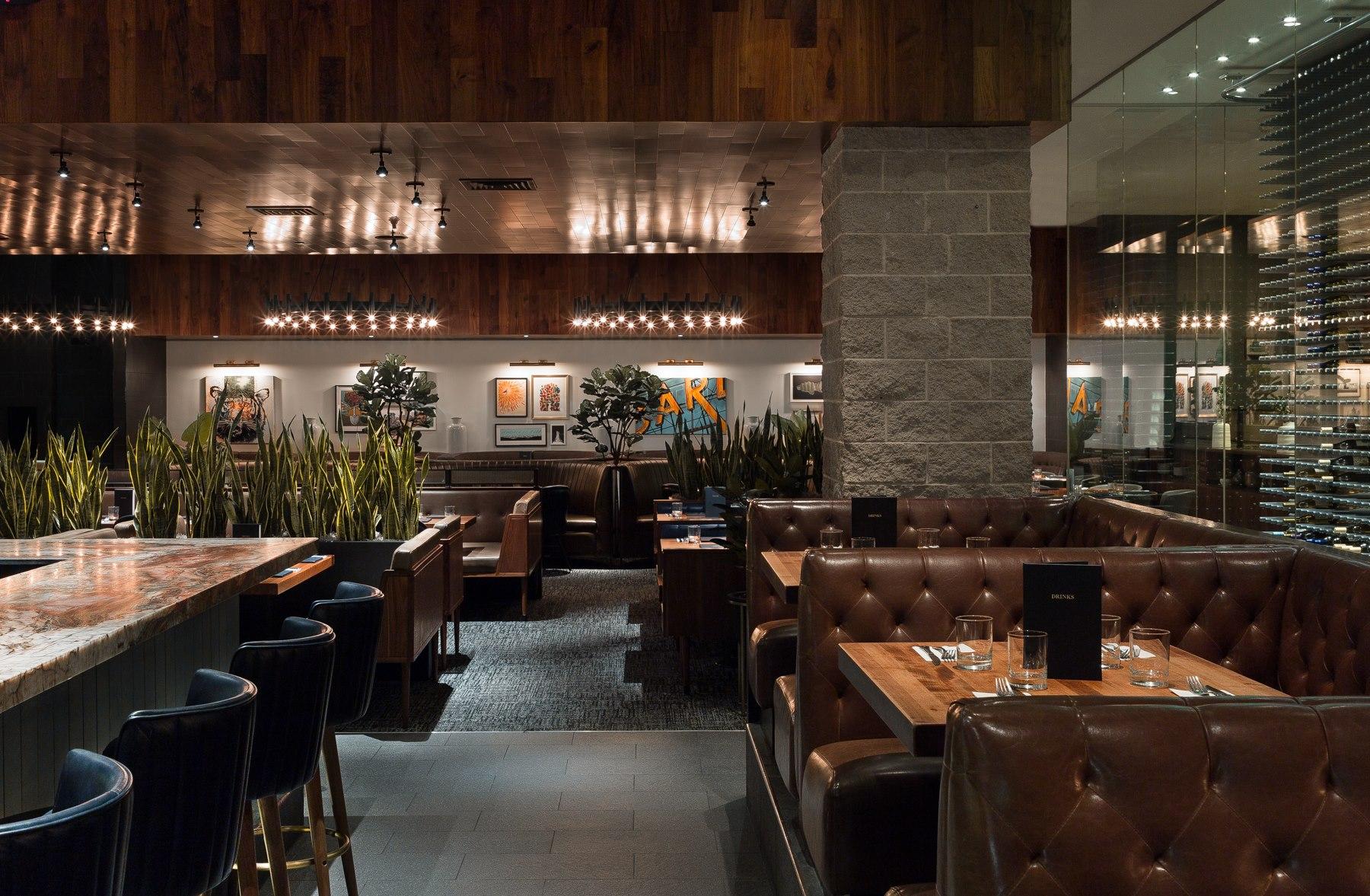 Earl's Restaurant + Bar